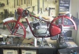 Renovace Jawa pérák 250 FJ